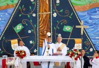 Missa Dominical às 11h no Centro de Evangelização