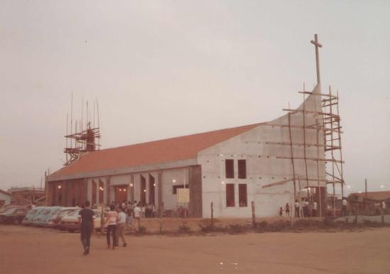 Santuário em construção na Década de 80